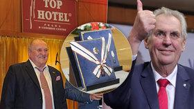 Prezident Miloš Zeman vyznamenal Vladimíra Dohnala - šéfa TOP Hotelu Praha, ve které slavil vítězství ve volbách, ze kterého má na Hradě kuchaře, nebo který zajišťuje rauty na Hrad.