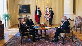 Prezident Miloš Zeman jmenoval Jana Blatného (za ANO) za přítomnosti premiéra Andreje Babiše (ANO) novým ministrem zdravotnictví (29. 10. 2020).