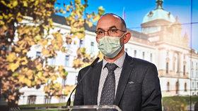 Tisková konference po jednání vlády: ministr zdravotnictví Jan Blatný