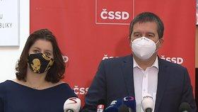 Jan Hamáček a Jana Maláčová na tiskovce ČSSD před jednáním Sněmovny (10.11.2020)