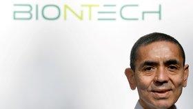 Lékař a vědec Ugur Sahin, který stojí za společností BioNTech.