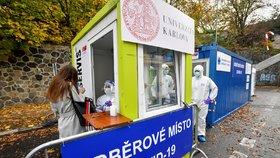 Ve Studničkově ulici na pražském Albertově bylo 13. listopadu 2020 otevřeno další odběrové místo, kde se mohou lidé nechat otestovat na nemoc covid-19