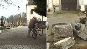 Hřbitov v Telči se stal terčem vandalů.