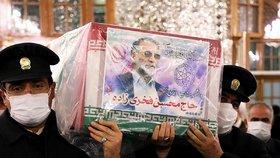 Írán se loučí se zabitým jaderným šéfem.