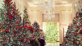 Vánoční výzdobou v Bílém domě se na twitteru pochlubila i Melania Trumpová