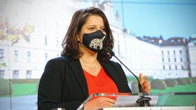 Tiskovka po jednání vlády: Ministryně Jana Maláčová (ČSSD)