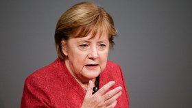 Německá kancléřka Angela Merkelová během projevu o plánovaném rozpočtovém schodku na rok 2021, (9. 12. 2020).