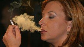 Kouření Čechů: K tabáku se snadno dostanou i děti
