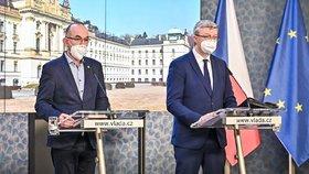 Jan Blatný a Karel Havlíček na tiskovce po jednání vlády