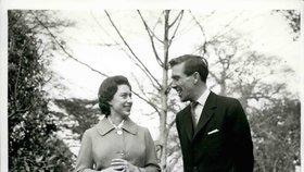 Československý špion Krupský se během studené války pokusil infiltrovat britskou královskou rodinu. Byl v kontaktu s Lordem Snowdenem, manželem princezny Margaret.