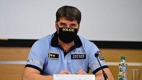 Policejní prezident Jan Švejdar po jednání Ústředního krizového štábu