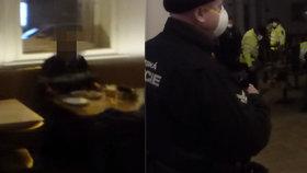 Restauraci Základna v centru Prahy kontrolovali kvůli porušení vládních nařízení 11. ledna vpodvečer strážníci.
