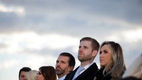 Odchod prezidenta Trumpa: Na letišti na něj čekala rodina a nejbližší (20.01.2021)