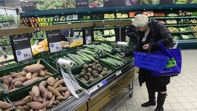 Prodej potravin v supermarketu (ilustrační foto)