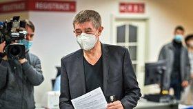 Premiér Andrej Babiš (ANO) dostal druhou dávku vakcíny proti koronaviru (24. 1. 2021)