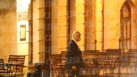 Party v hotelu teplického kmotra Petra Bendy, které se účastnil i expremiér Paroubek.
