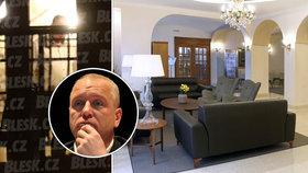 Kmotr Benda dostal 800 tisíc na zavřený hotel. Po mejdanu další kompenzace nebudou, vzkazuje Hamáček