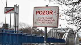 Hraniční přechod s Polskem v Bohumíně na Karvinsku (30. 1. 2021)