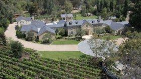 Dům Kim Kardashian a Kanyeho Westa v Kalifornii.