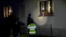 Policie se dozvonila na ženu, před jejímž domem vypátrala zaparkované poškozené auto
