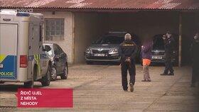 Ženu převezla policie na stanici kvůli výslechu.