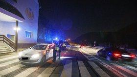 Lockdown okresů v Česku: Noční kontrola na Zbraslavi (1.3.2021)