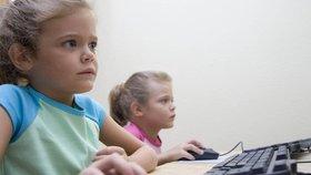 Výuka počítačů na základní škole se změní. (ilustrační foto)