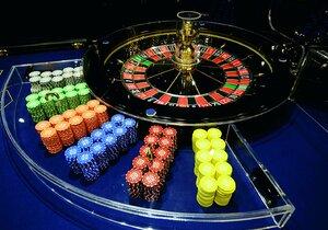 Z ulic Prahy mají zmizet veškeré herny. Zůstanou jen kasina ve velkých luxusních hotelech a na letišti.