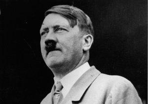 Historici tvrdí, že měl Adolf Hitler deformovaný mikropenis.
