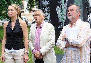 Olga Menzelová, její manžel Jiří Menzel a její dnes už exmilenec Jaroslav Brabec