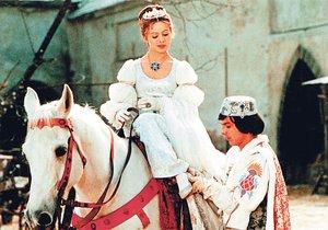 Libuše Šafránková as Cinderella and Prince Pavel Trávníček in the most famous scene of putting on a lost shoe.