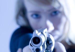 """Střelba v Michli! """"Napadli mě, jen jsem se bránila,"""" vypověděla žena po hádce s dvěma muži"""