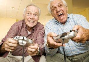 Pokud si užíváte důchodu, můžete se dožít vysokého věku.