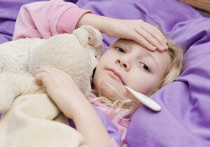 Pokud se nedaří horečku snížit ani po 24 až 48 hodinách, vezměte dítě k doktorovi