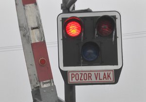 Nebezpečný železniční přejezd ve Vendryni hlídají nově kamery: Lidé tu nerespektují světla