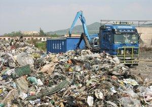 Patříme mezi skládkovací velmoci EU. Zkompostujeme jen 3 % odpadu.