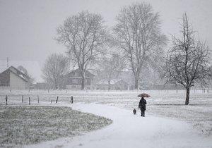 Vytáhněte šály a rukavice: Příští víkend nás čeká bílo a zima.