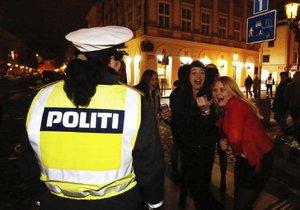 Policisté se na příjezd severských studentů pečlivě připravili.