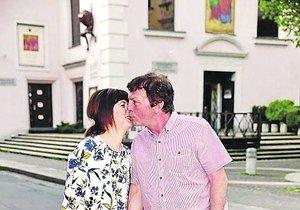 Trávníček si s Monikou užívá na cestách za romantikou