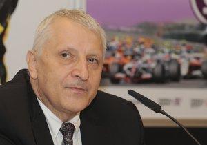 Mezi zadrženými má být podnikatel Antonín Charouz