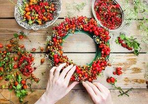 Nejkrásnější podzimní věnce: Vyrobte si podzimní dekoraci na dveře i na stůl