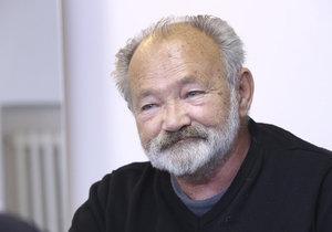 Táta Rudolf Hrušínský