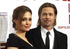 Angelina Jolie a Brad Pitt se rozvádějí.
