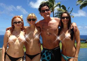 S divokými dýchánky plnými sexu je konec. Charlie Sheen je prý na tom špatně hlavně kvůli drogám.