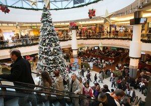 Pro obchodníky jsou Vánoce hlavní sezóna. A tak dělají vše proto, aby lidé co nejvíce nakupovali