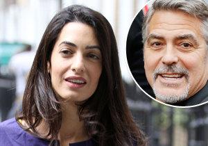 Amal vadí pozornost, kterou její drahý zásnubní prsten budí.