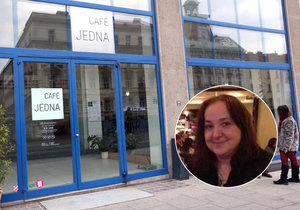 Café Jedna v budově Veletržního paláce v Holešovicích. Zde viděli právničku naposledy.