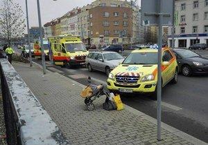 Řidič srazil na Přerovsku matku s dětmi a kočárkem! Zřejmě projel přechod na červenou! říká policie