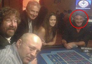Petra Faltýnová se konečně ukázala se svým tajemným přítelem. S americkým miliardářem Davidem zašli do kasina.