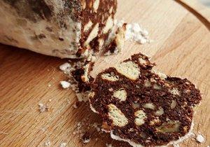 Nepečené cukroví na poslední chvíli: Připravte si kokosový salám